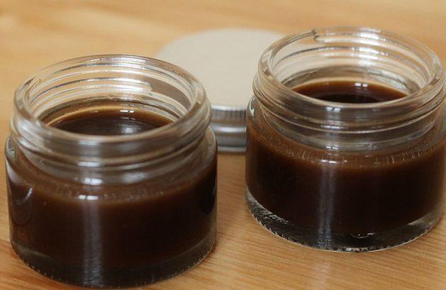 Данный вид продукта представляет собой смесь воска диких пчёл с их мёдом