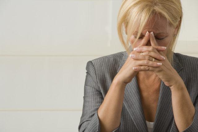 При передозировке препаратом у больных отмечается тошнота, рвота, аритмия, тахикардия, ишемия миокарда