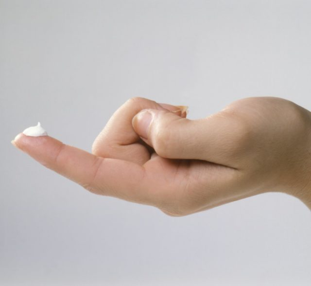 Если в анамнезе имеются данные о повышенной чувствительности к активному компоненту или вспомогательным веществам Постеризана, от его применения лучше отказаться