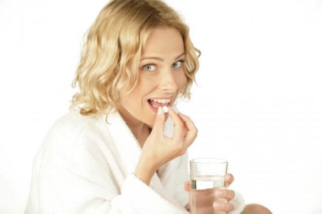 Обычно медики назначают минимально допустимую дозу препарата, чтобы отследить реакцию организма, а уже затем переходят к лечению, согласно инструкции
